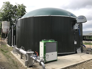 digester with membrane biogas dome
